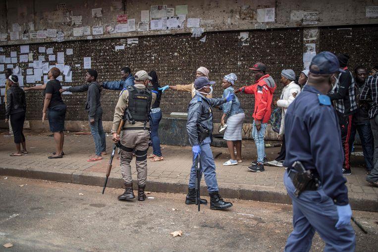 South Africa deploys 70,000 troops to enforce lockdown