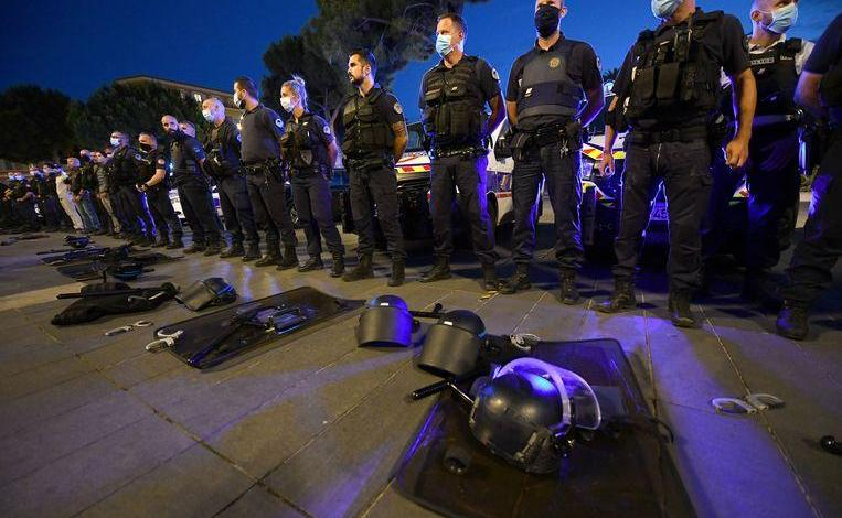 "French police officers protest against ""zero-tolerance against racism in law enforcement"""