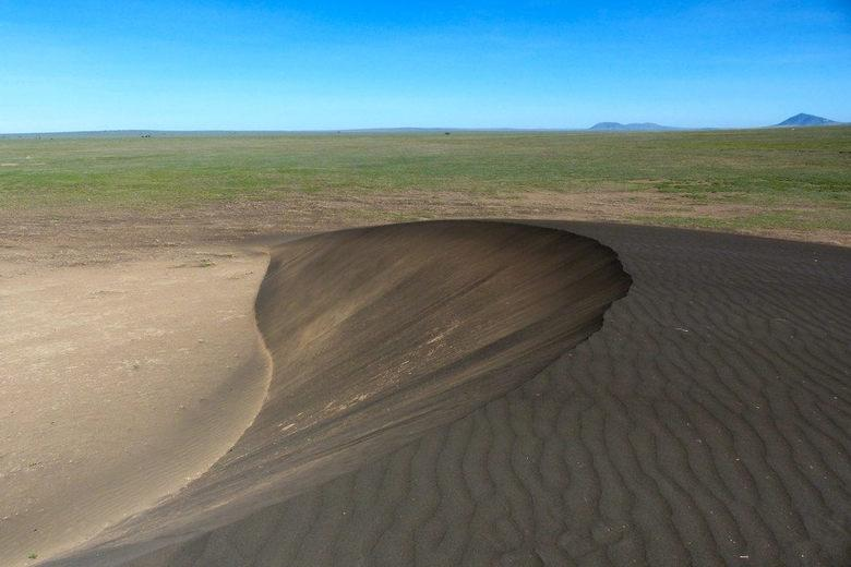 The mysterious moving mountain in Tanzania