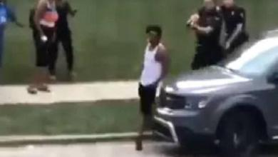 """Police shoot black man (29) in the back in Wisconsin: """"in front of his sons"""""""