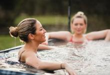 5 good reasons to buy your own jacuzzi now