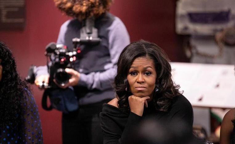 "Michelle Obama suffers from ""mild depression"""