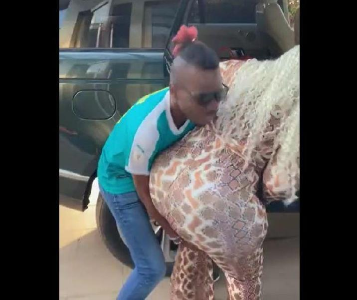 See what Gran P did to a man who lifts Eudoxie Yao by her hip [Video]