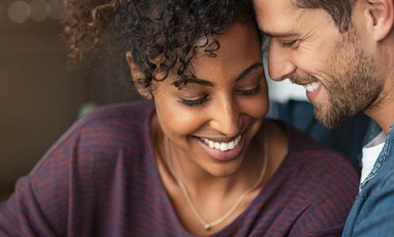 These 20 compliments won't leave a girl indifferent