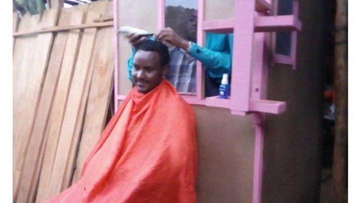 Social distancing haircuts