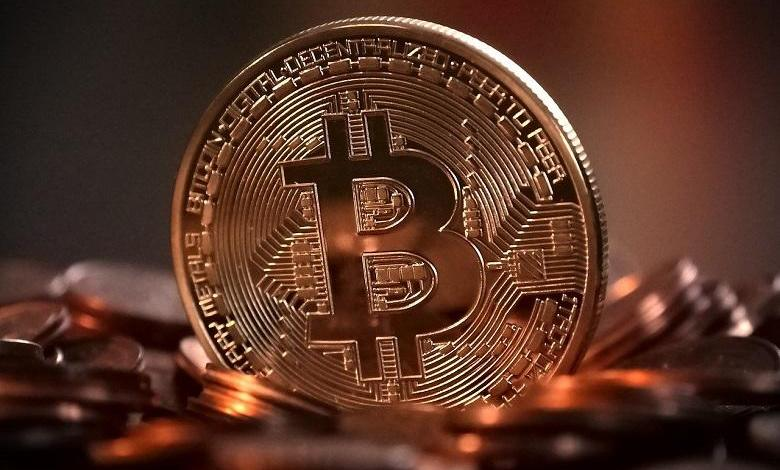 The strong rise in bitcoin's value continues. On Tuesday, the oldest and best-known crypto coin reached the mark of 17,000 dollars (14,320 euros) for the first time since the beginning of 2018.