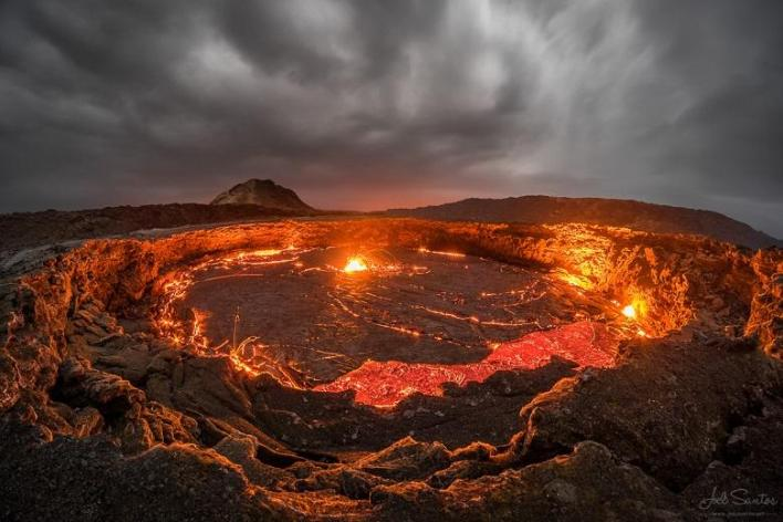 Erta Ale (basaltic shield volcano, northeastern Ethiopia)