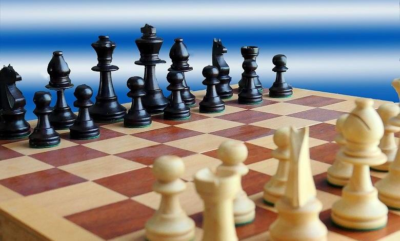 "White vs. black: YouTube accidentally blocks chess player for ""racist language"""