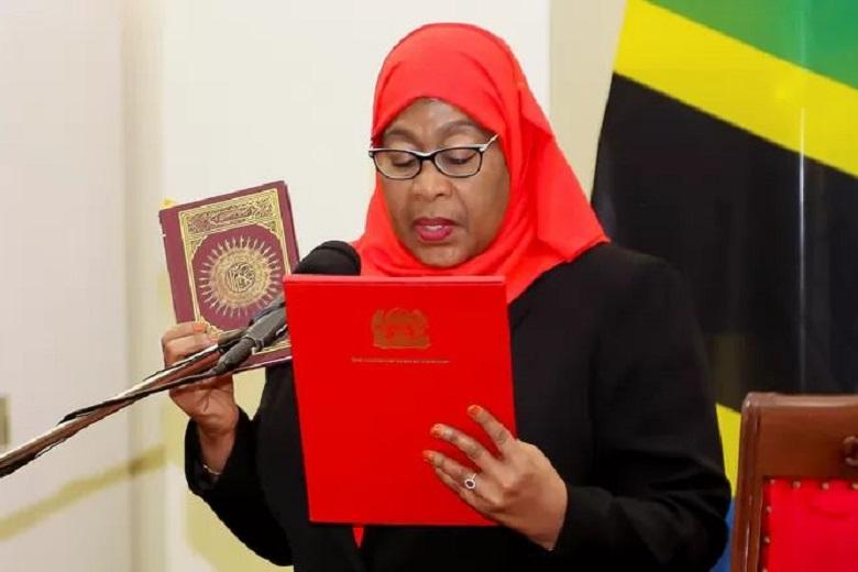 Vice President Samia Suluhu Hassan was officially sworn in as President of Tanzania. She thus becomes the country's first female president.