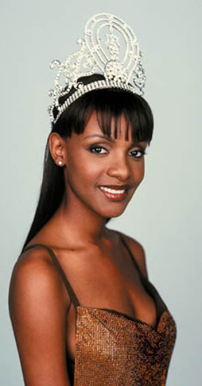 Mpule Keneilwe Kwelagobe is a Botswana investor, businesswoman, model, and beauty queen who was crowned Miss Universe 1999