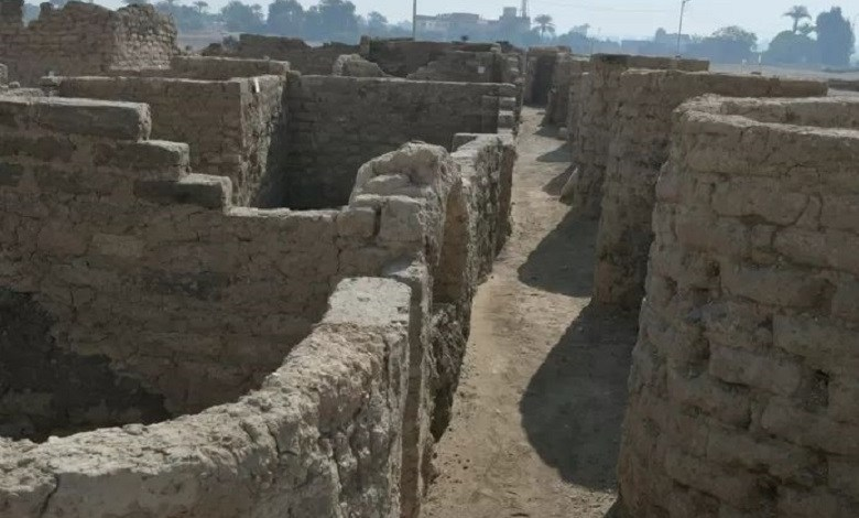 Egyptian archaeologists uncover 3,400-year-old 'Lost Golden City'