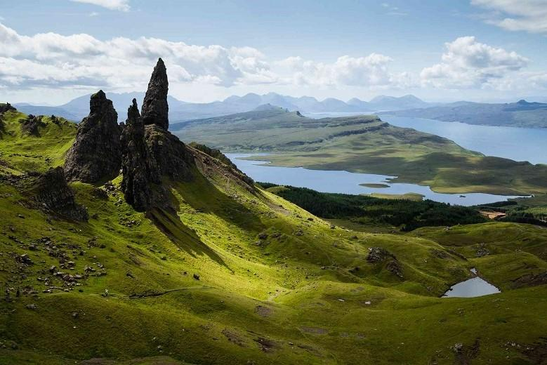 Home of fairies, warrior queens, fairy castles: mystical island in Scotland