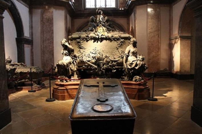 Tomb of Maria Theresa