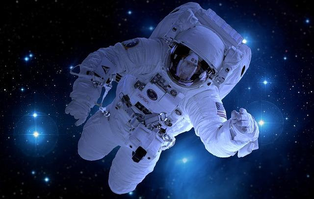 Astronauts might eat cultured meat: a piece of cow's muscle can make about 80,000 hamburgers