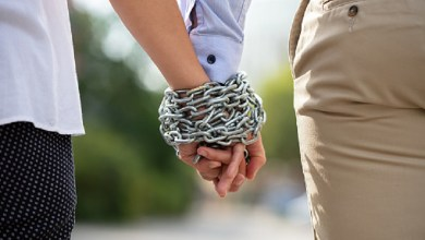 What is a Codependent relationship? 10 signs that you are in one