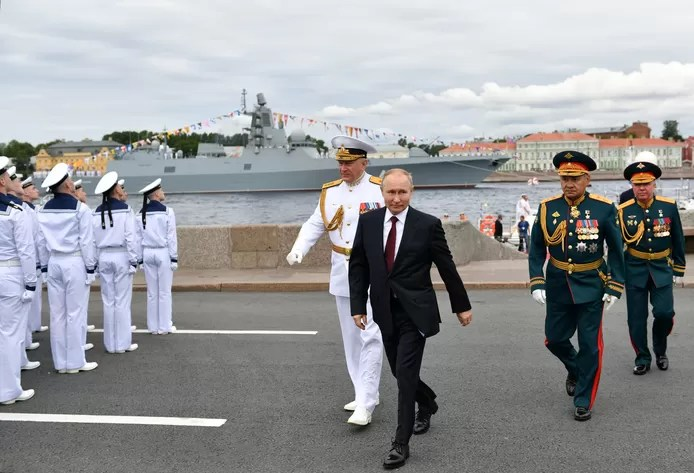 Putin brags about Russian navy's clout: Capable of dealing blow to any enemy