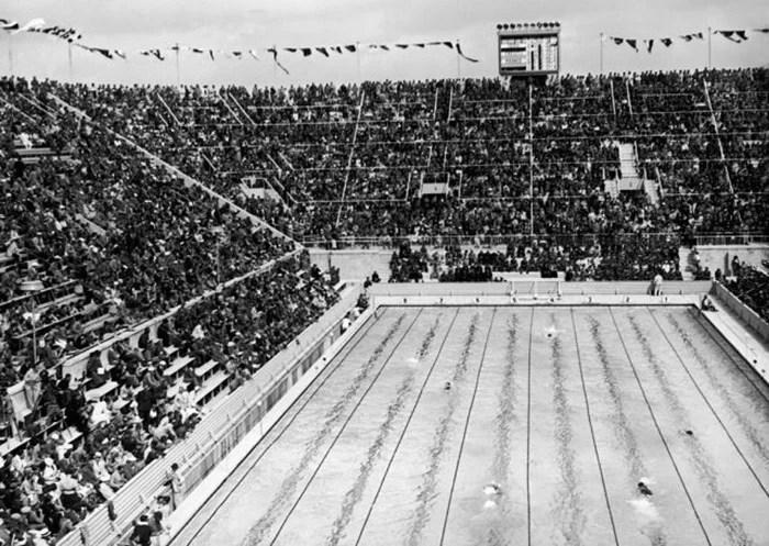 Swimming pool at the Berlin stadium, 1936.