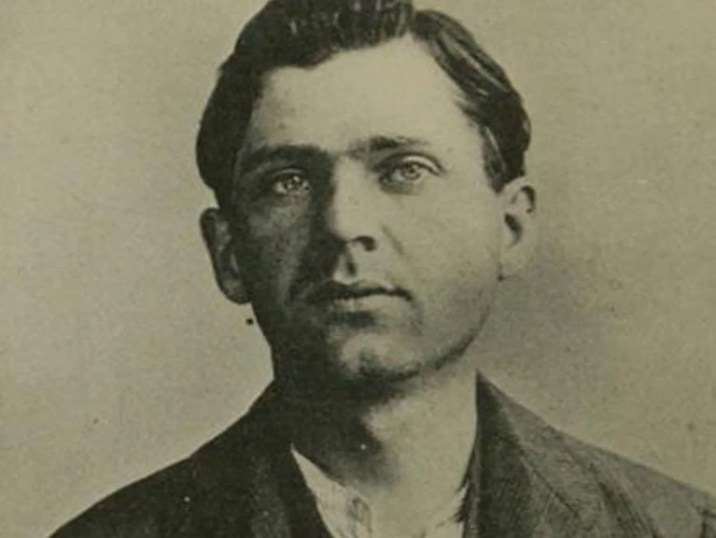 Leon Frank Czolgosz, the anarchist who assassinated the president of the United States, William McKinley in 1901, was executed in the electric chair.