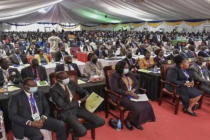South Sudan new parliament: swearing-in new parliamentarians