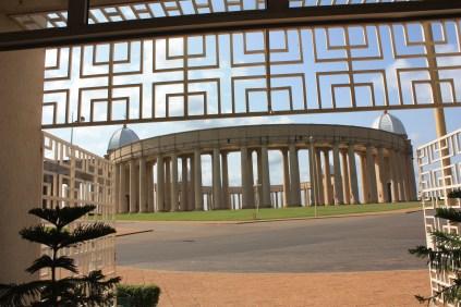 La basilique de Yamoussoukro / Yamoussoukro's basilica