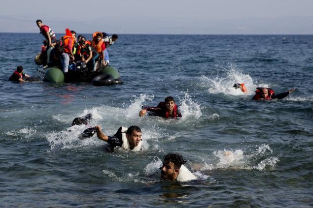 Sauvetage migrants tombés en mer