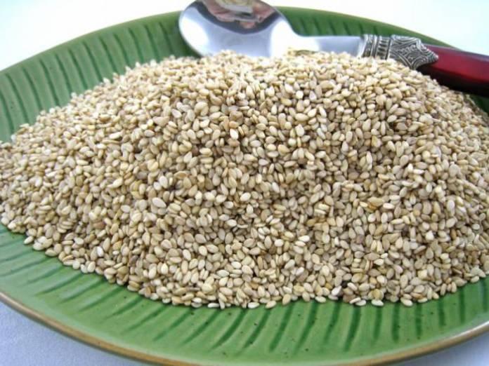 Huile et graines de sésame