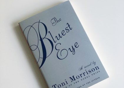 Book Review :The Bluest Eye by Toni Morrison