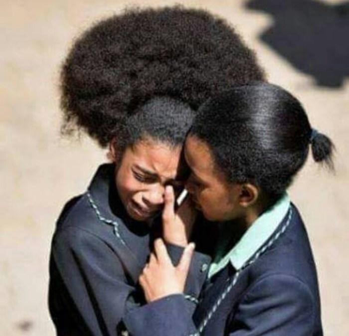 protesta de una niña sudafricana