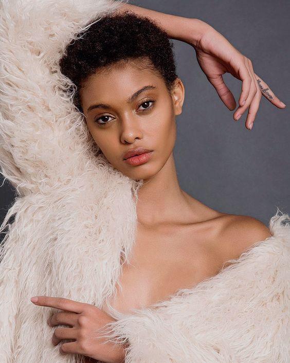 Mi color de piel, Afroféminas