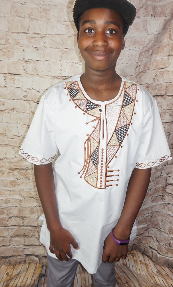 African style short sleeved embroidered shirt