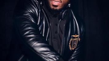 DJ Fresh feat. Buyiswa - Mela (Ma-Africa) [Prince Kaybee Remix]