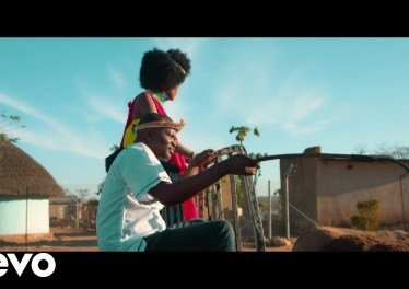dj ganyani 8211 macucu banga ft sasi jozi official video D5fnXvFUzNY DJ Ganyani - Macucu Banga ft. Sasi Jozi (Official Video)