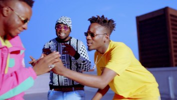 dj kaywise 038 dj maphorisa ft mr eazi 8211 alert official music video uHx BHaWhQ DJ Kaywise & Dj Maphorisa ft Mr Eazi - Alert (Official Music Video)