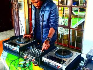 Solomon Switch – Tribute to Laja Birthday Party Mix mp3 music download
