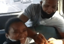 Photo of Surprise marriage proposal in a taxi has gone viral on social media-Video