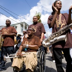Foto de The Hot 8 Brass Band 2