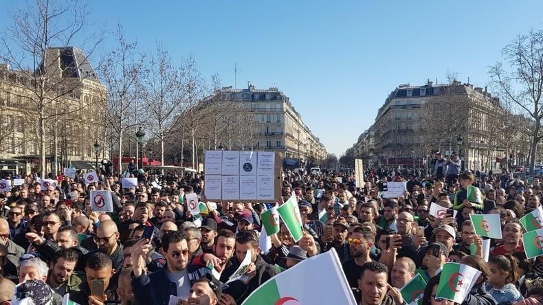 Manifestation des Algériens à Paris contre le 5e mandat de Bouteflika