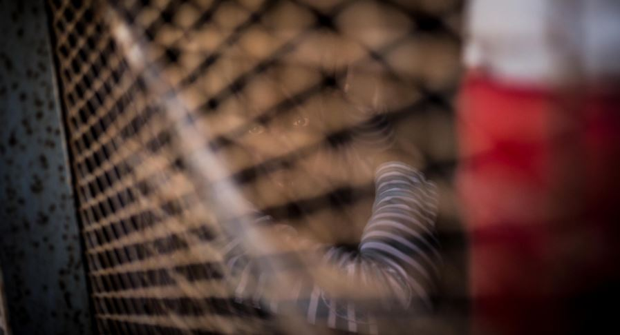 Libye: un migrant tué et deux autres blessés dans une fusillade dans un centre de détention de Tripoli
