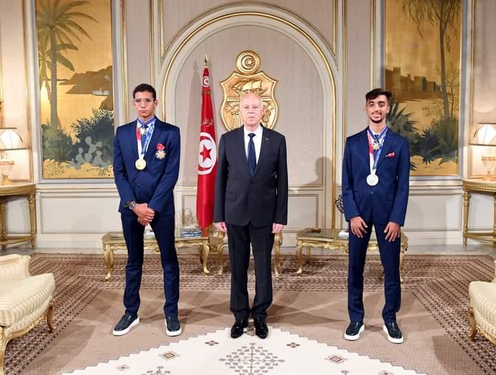 Tunisie - JO TOKYO: Kais Saied décerne l'Ordre National du Mérite aux athlètes Ayoub Hafnaoui et Khalil Jendoubi