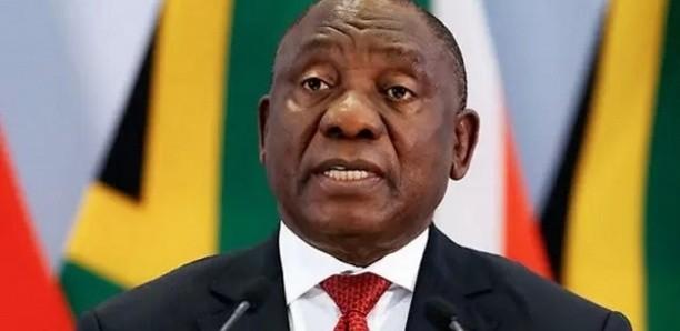 Covid-19: l'Afrique du Sud veut rendre obligatoire le «passeport vaccinal»