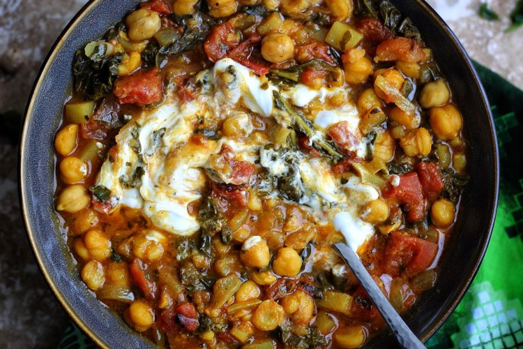 Spicy Chickpea Curry with Kale and potatoes