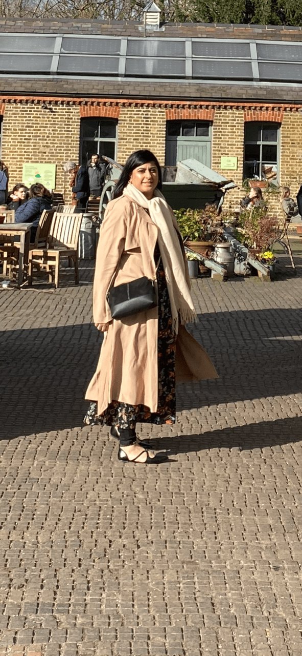 Oasis Frankie Trench