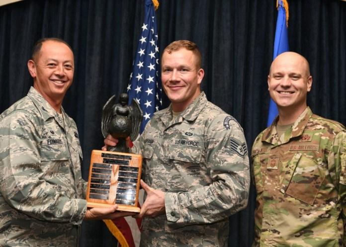 SERE Specialist wins Air Rescue Association Award