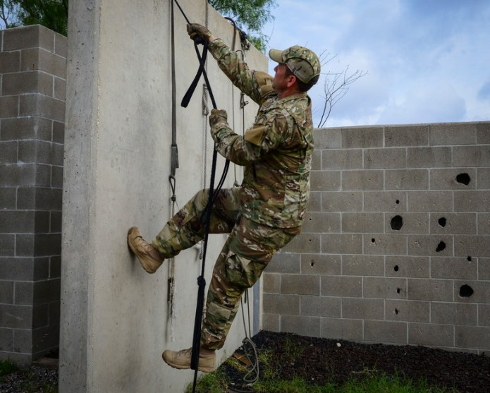 SERE specialists showcase training for recruiters
