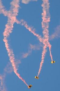 121109TNS_parachute1