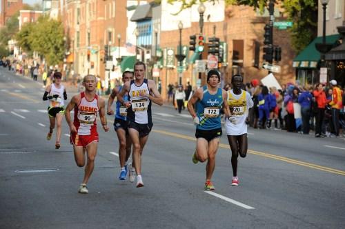 2010 marathon runners