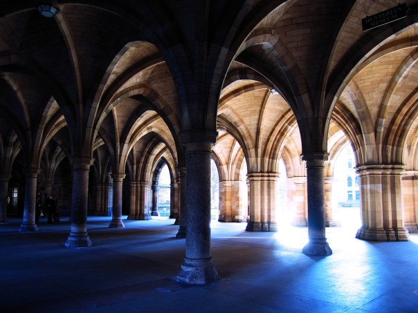 Glasgow University Cloisters by Chor Ip @flickr