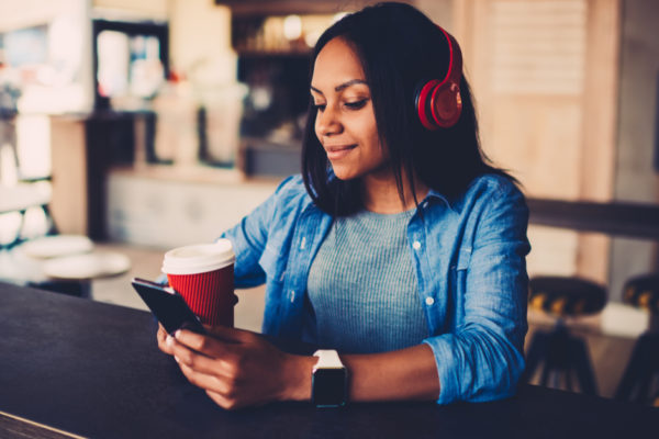 5 Marketing-Focused Podcasts for Fitness Pros