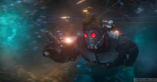 Guardians Of The Galaxy Vol. 2 L to R: Groot (Voiced by Vin Diesel), Rocket (Voiced by Bradley Cooper) and Star-Lord/Peter Quill (Chris Pratt) Ph: Film Frame ©Marvel Studios 2017
