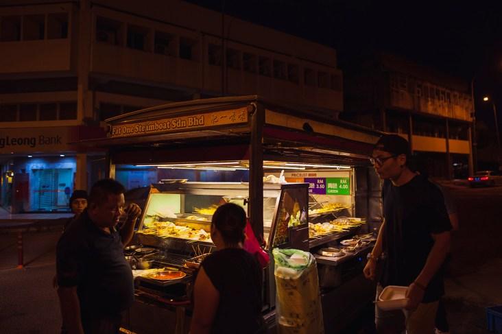 Lok Lok Van's are the supper MUST HAVES in Kuala Lumpur.
